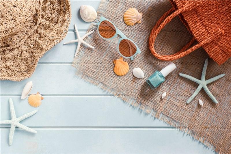 海水浴での必需品からあったら便利な物まで紹介!