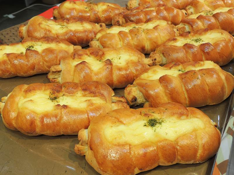 全国には美味しいパンが沢山