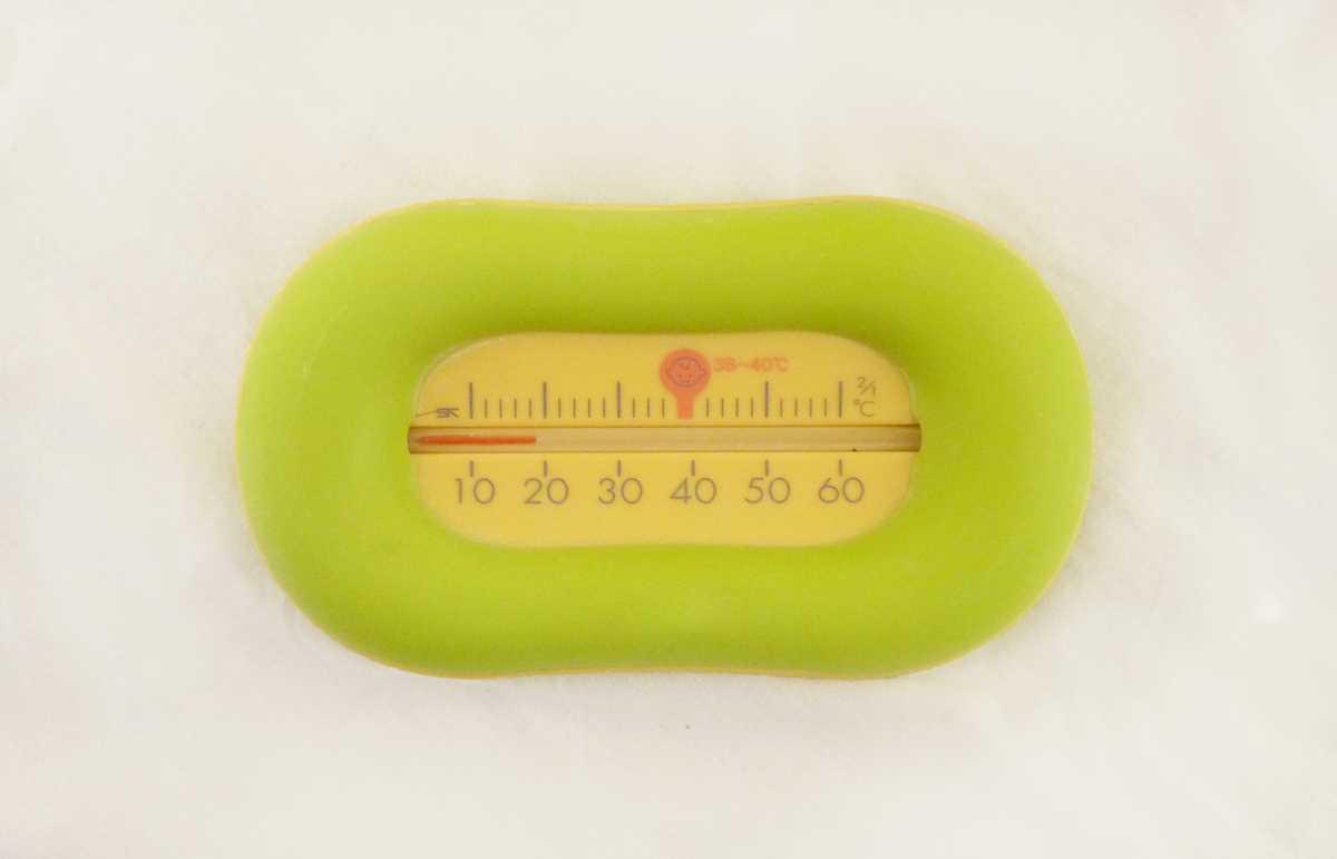 ベビーバスの温度計