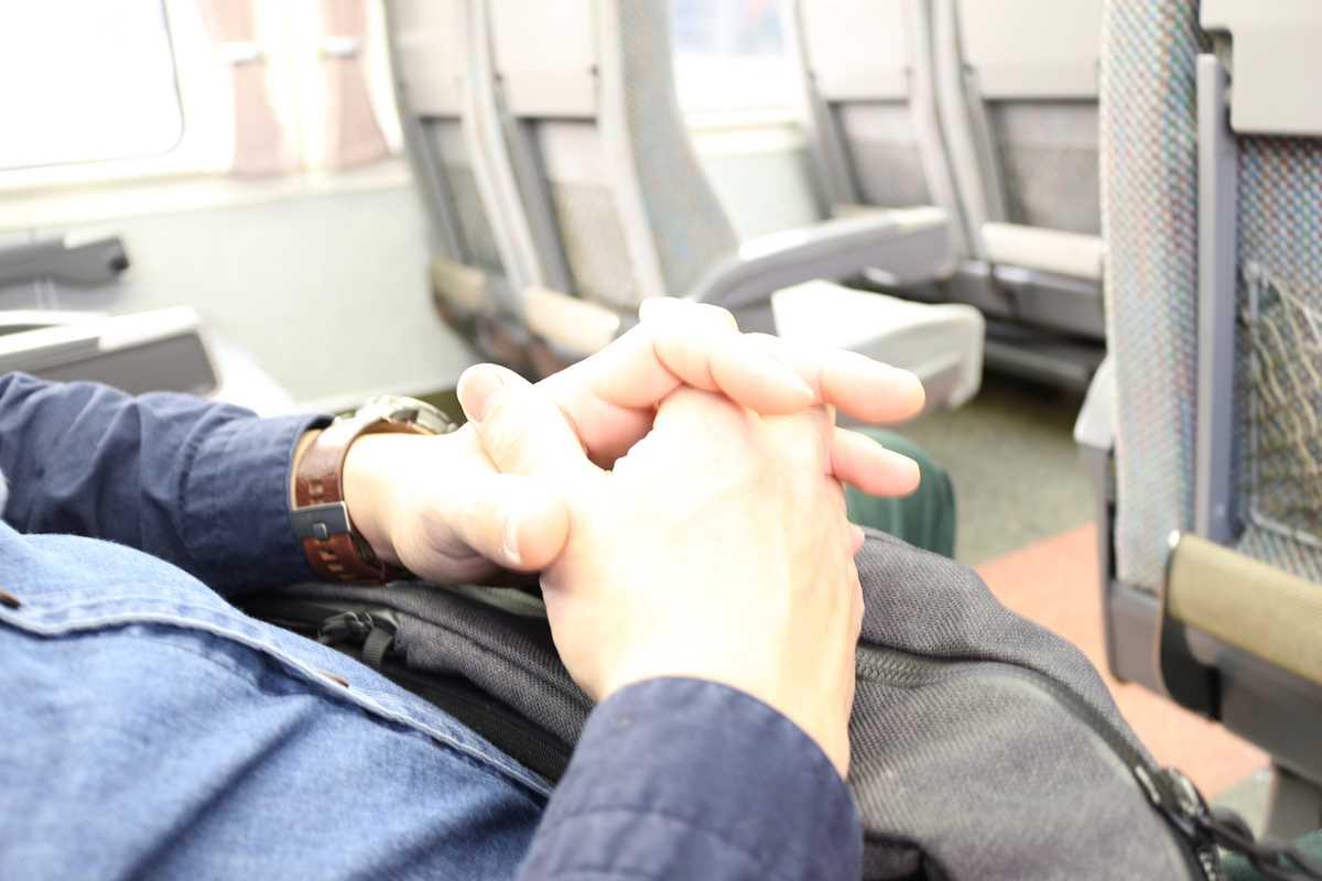 新幹線で寝る